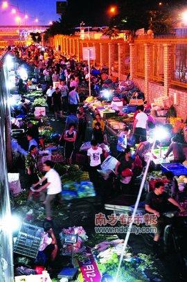 深圳布吉农产品中心批发市场是全国首批,是国家级中心批发市场和深圳