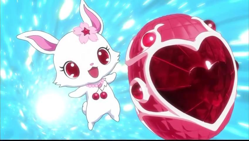 """宝石""""宝石宠物(日语中露比本身就是红宝石的意思),可爱的白色兔子外形"""