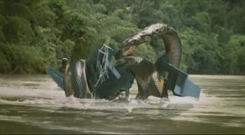 巨型蟒蛇活吞美女